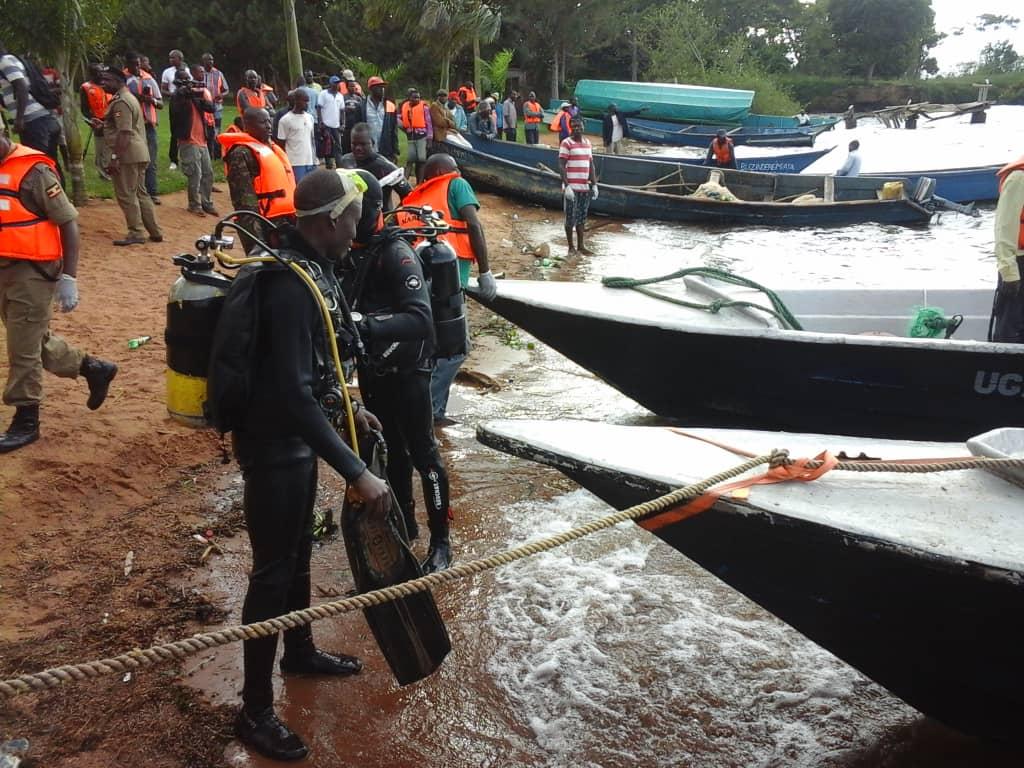 Capsized boat rescuers