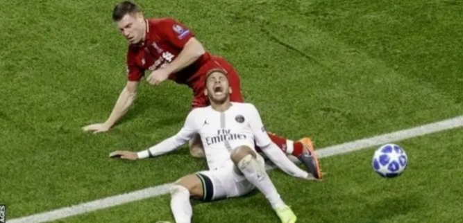 Fallen Neymar