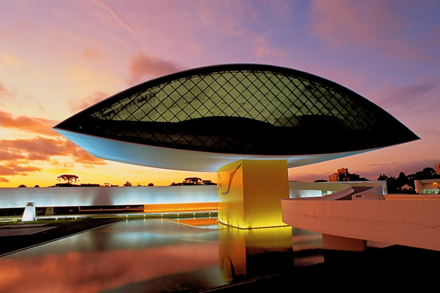 An image of the Niemeyer's Eye.