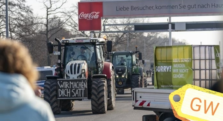 German farmers and activists protest during green week in Berlin